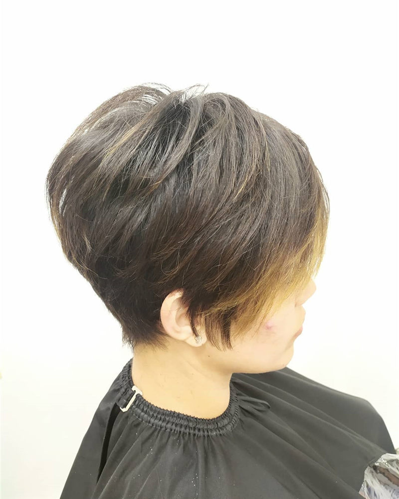 Pretty Pixie Haircuts to Get a Great Look-34