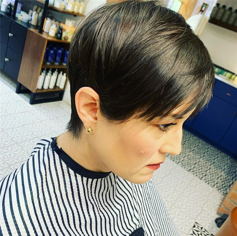 Pretty Pixie Haircuts to Get a Great Look-43