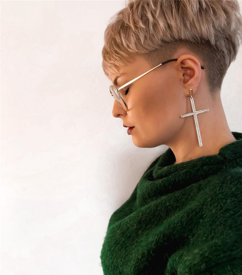 Pretty Pixie Haircuts to Get a Great Look-45