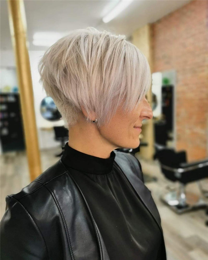 Pretty Pixie Haircuts to Get a Great Look-46
