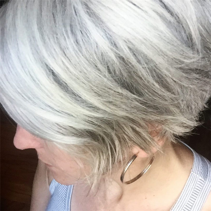 Really Popular Short Grey Haircuts to Look Stylish-27