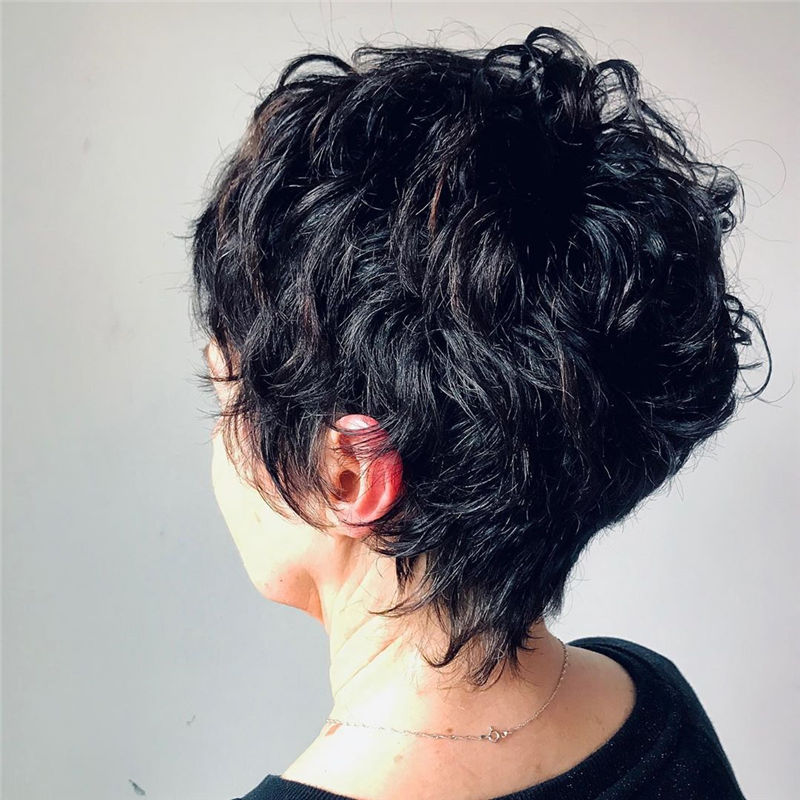 The Latest Pixie Haircuts For A Trendy Look-13