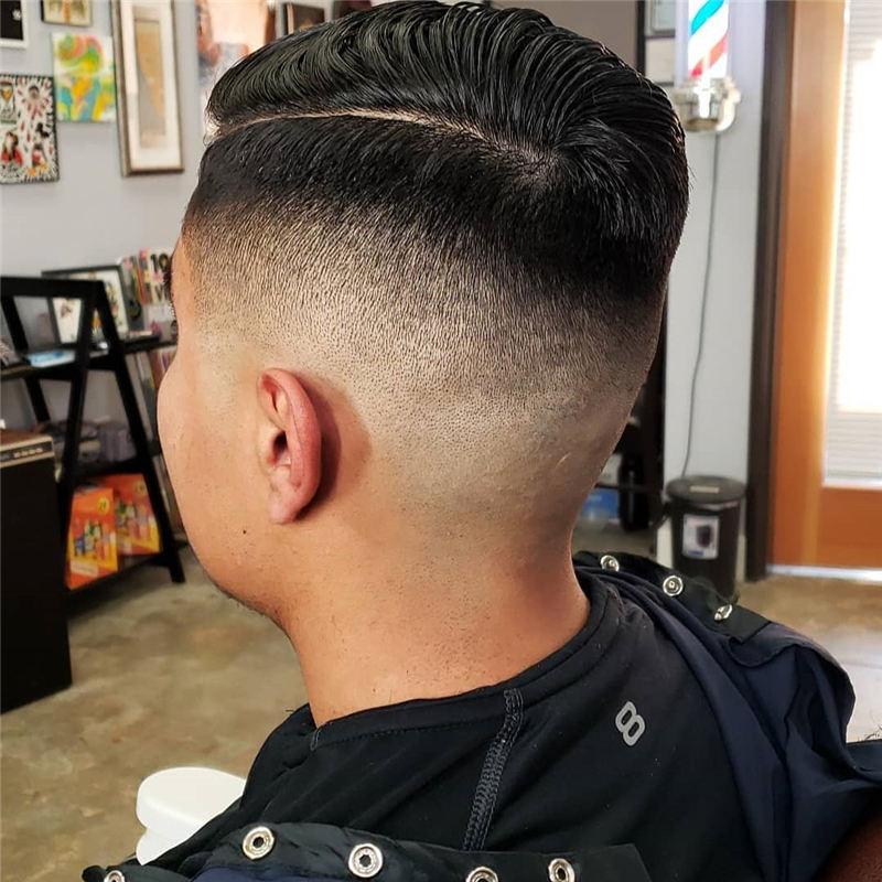 Trending Mens Hairstyles with Highlights for 2020 17
