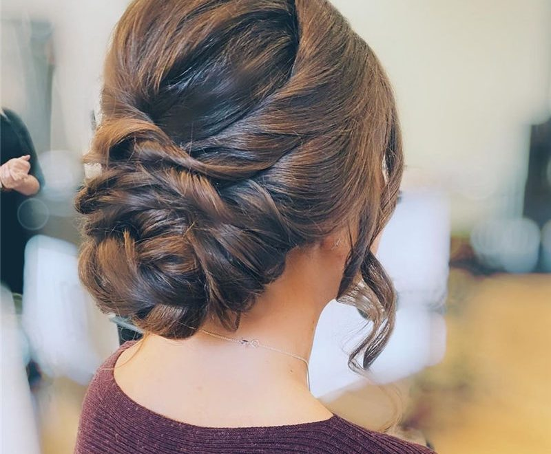 Amazing Updo Hairstyles That You Should Try 2020 39