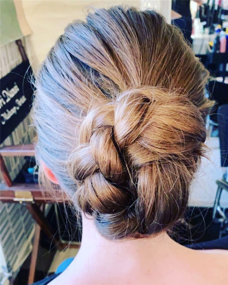 Best Updo Hairstyles to Look Fabulous 2020 15
