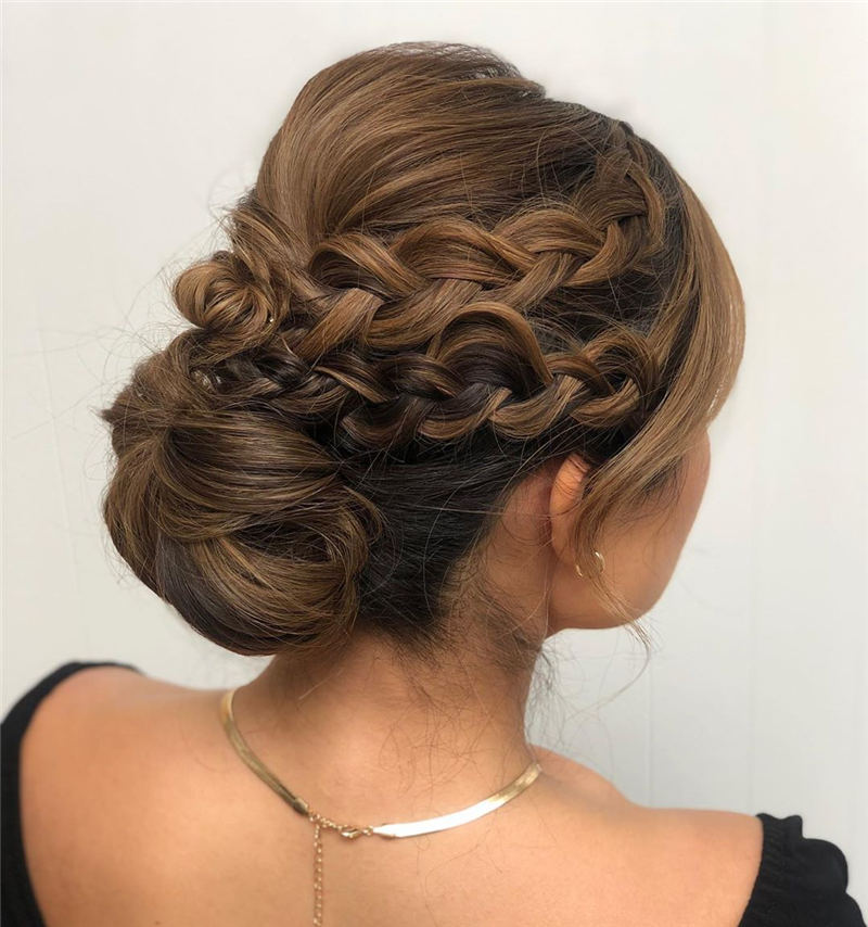 Best Updo Hairstyles to Look Fabulous 2020 19
