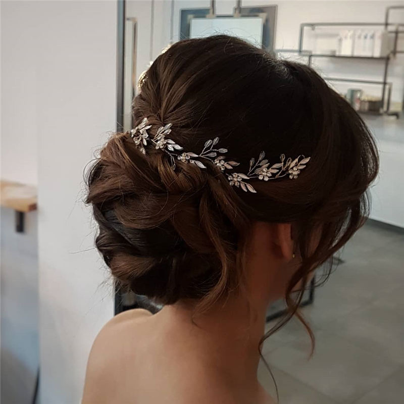 Best Wedding Hairstyles For Every Bride to Copy in 2020 07