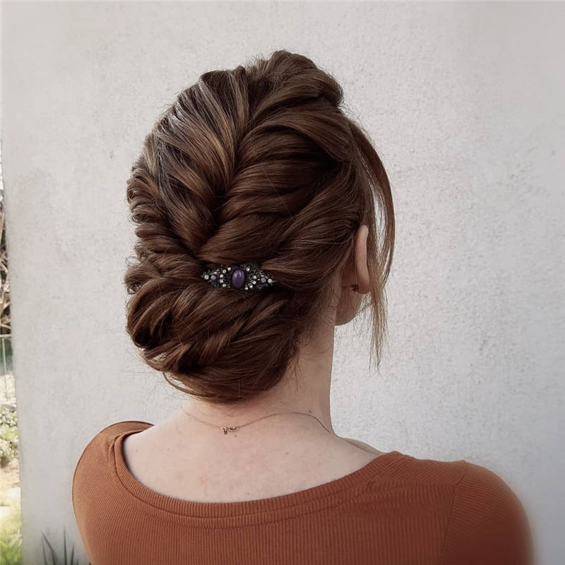Best Wedding Hairstyles For Every Bride to Copy in 2020 08