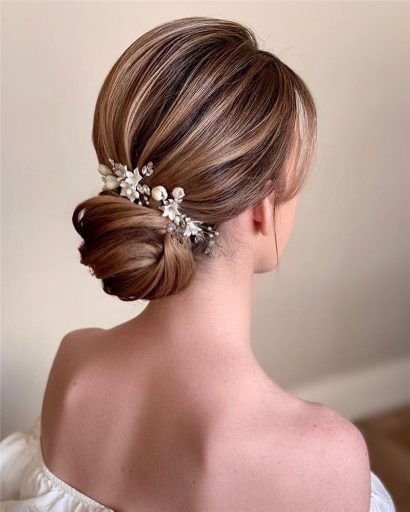 Best Wedding Hairstyles For Every Bride to Copy in 2020 13