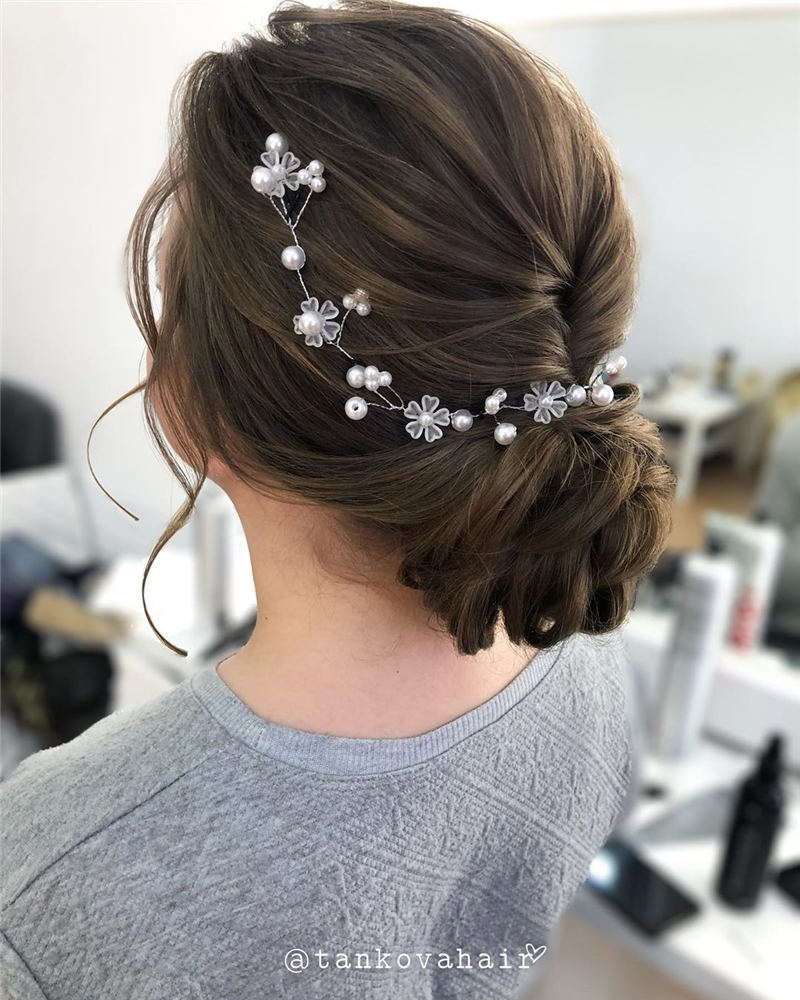 Best Wedding Hairstyles For Every Bride to Copy in 2020 19