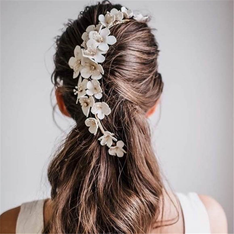 Best Wedding Hairstyles For Every Bride to Copy in 2020 20
