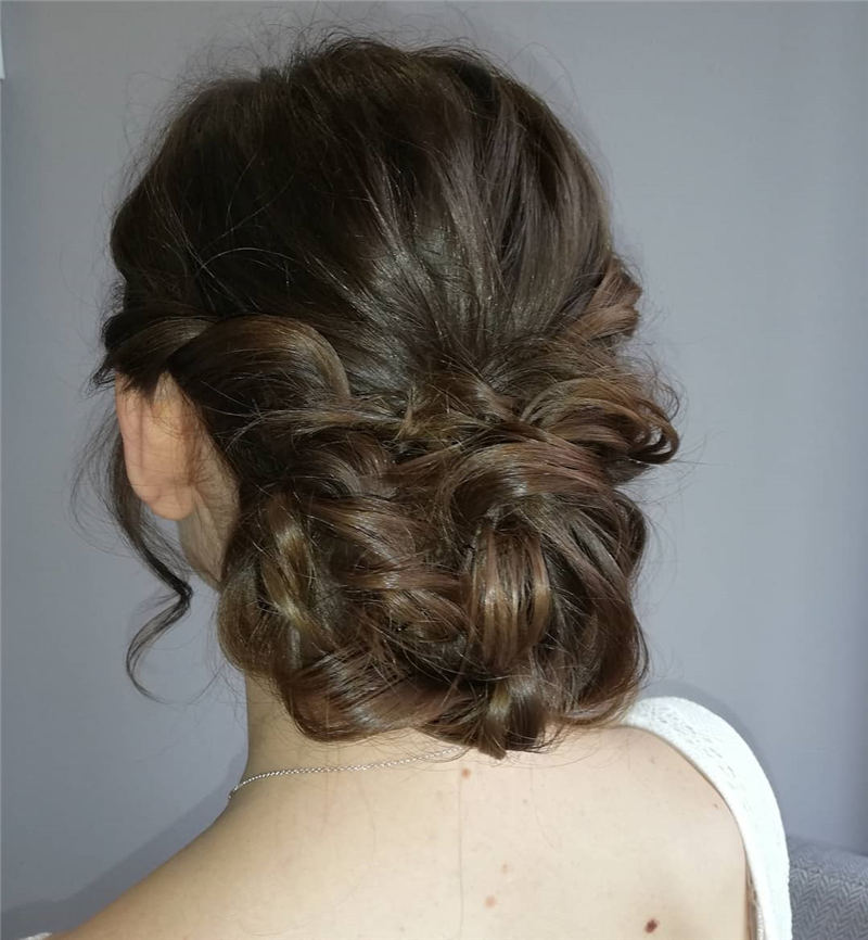 Best Wedding Hairstyles For Every Bride to Copy in 2020 26