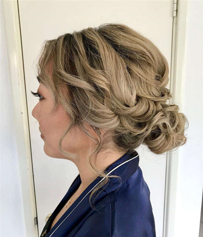 Best Wedding Hairstyles For Every Bride to Copy in 2020 35