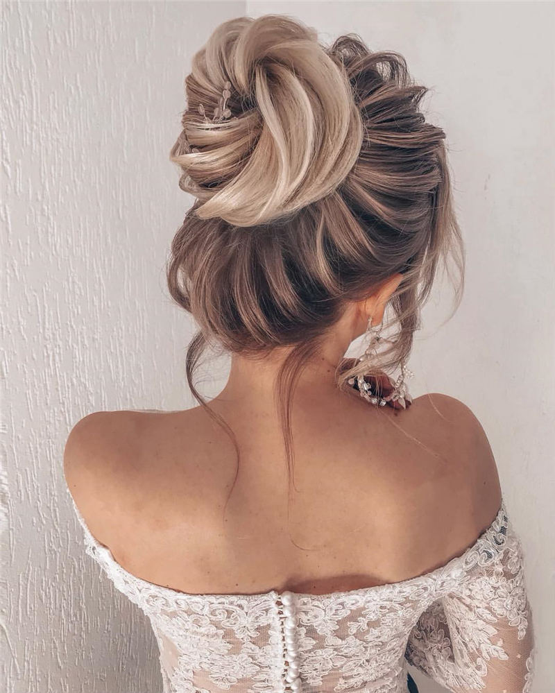Best Wedding Hairstyles For Every Bride to Copy in 2020 41