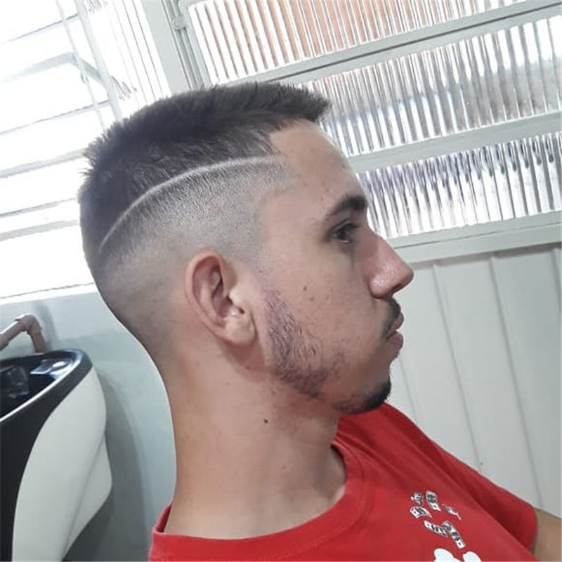 Cool Mens Haircuts That are Trendy in 2020 36