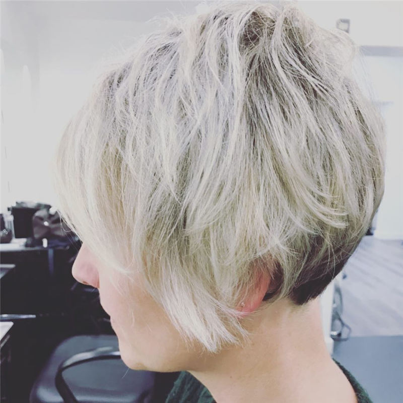 Cool Short Haircuts You Need to Try This Year 38