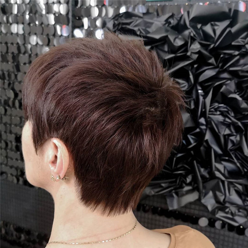 Cool Short Haircuts You Need to Try This Year 42