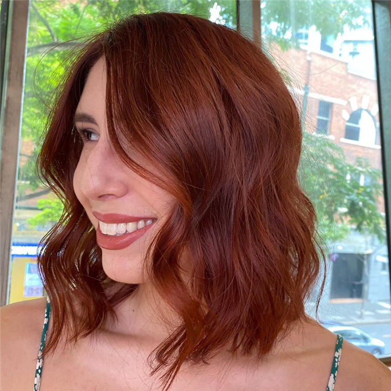 Coolest Medium Haircuts for Women That Are Great 05