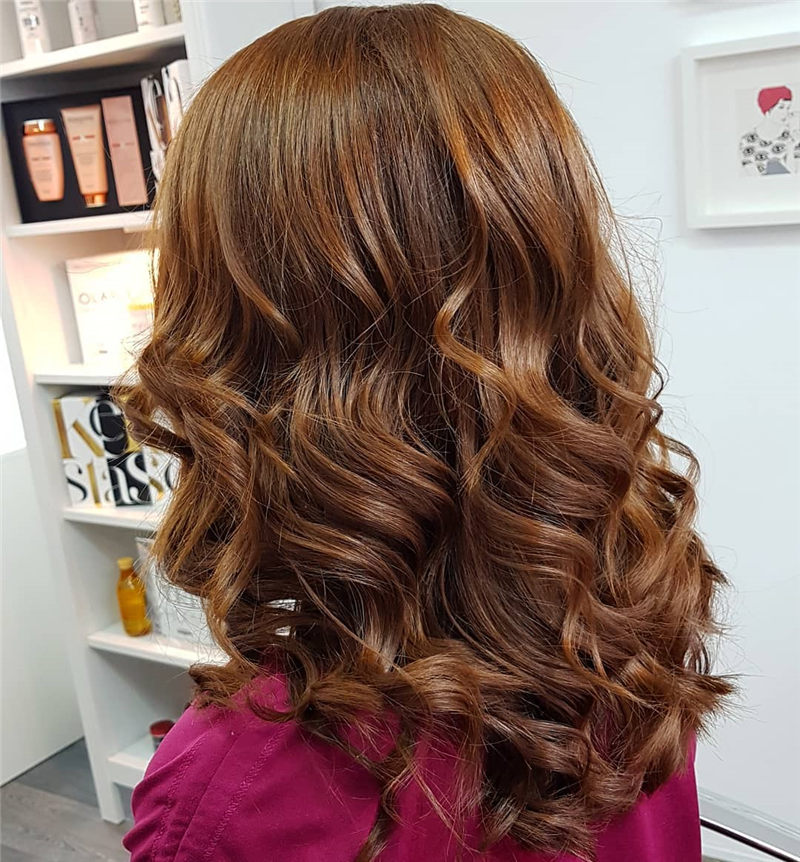 Coolest Medium Haircuts for Women That Are Great 21
