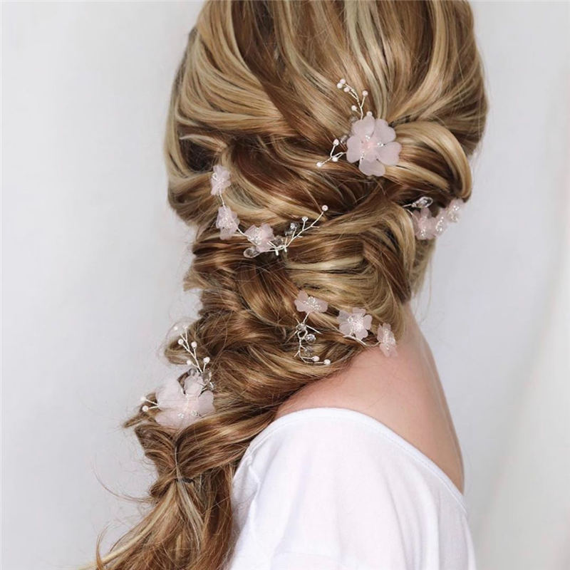 Gorgeous Wedding Hairstyles to Try This Year 2020 22