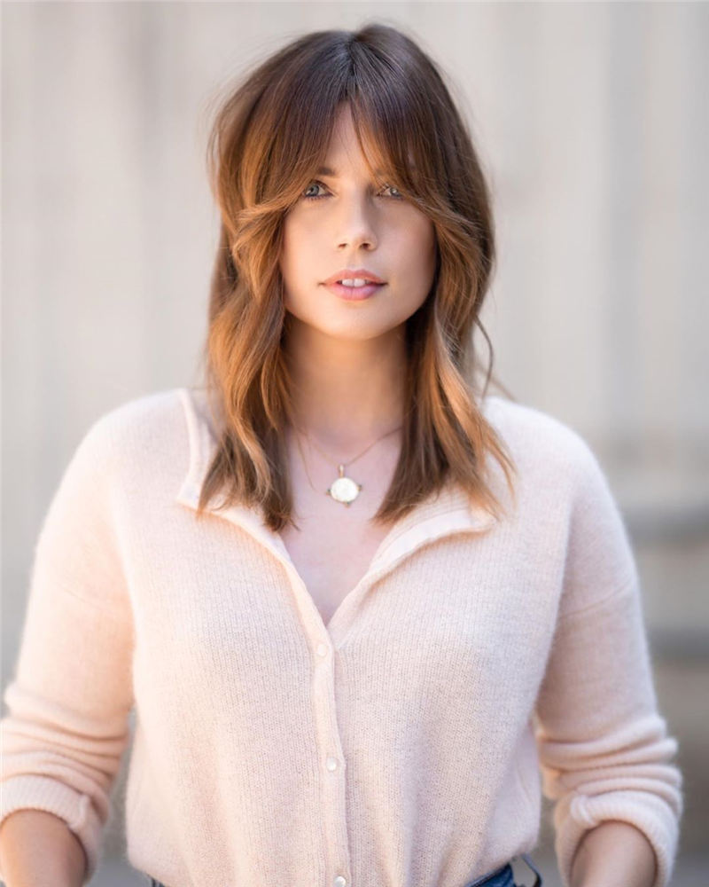 Great Hairstyles With Bardot Bangs You Will Love 06