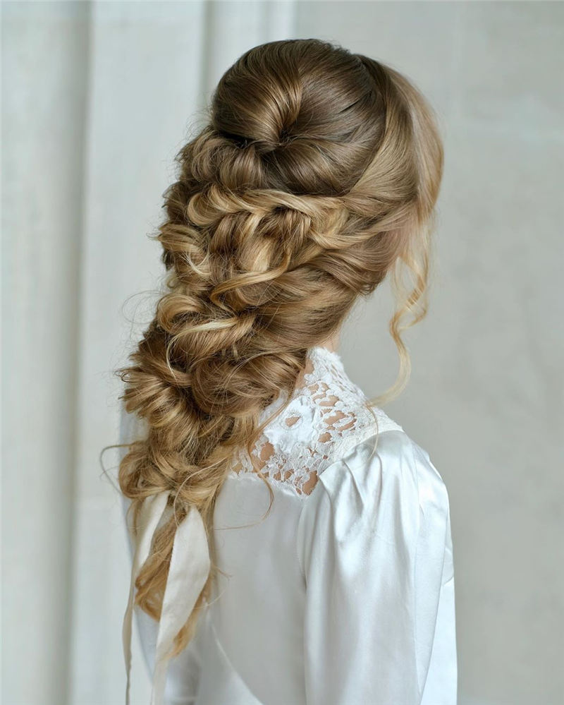 Most Adorable Wedding Hairstyles to Look Stylish for Big Day 01
