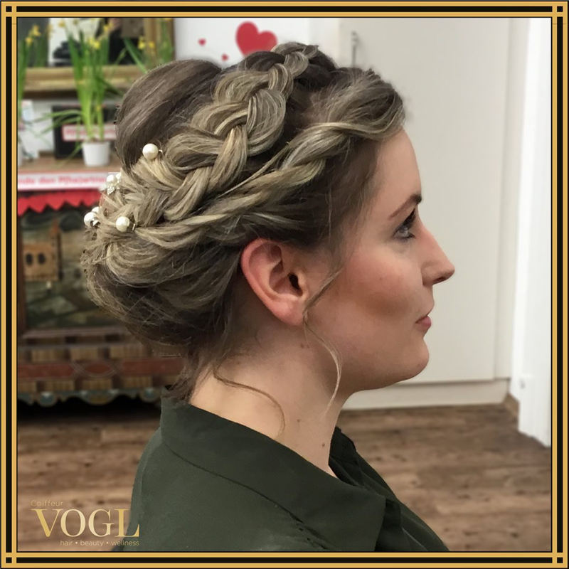 Most Adorable Wedding Hairstyles to Look Stylish for Big Day 27