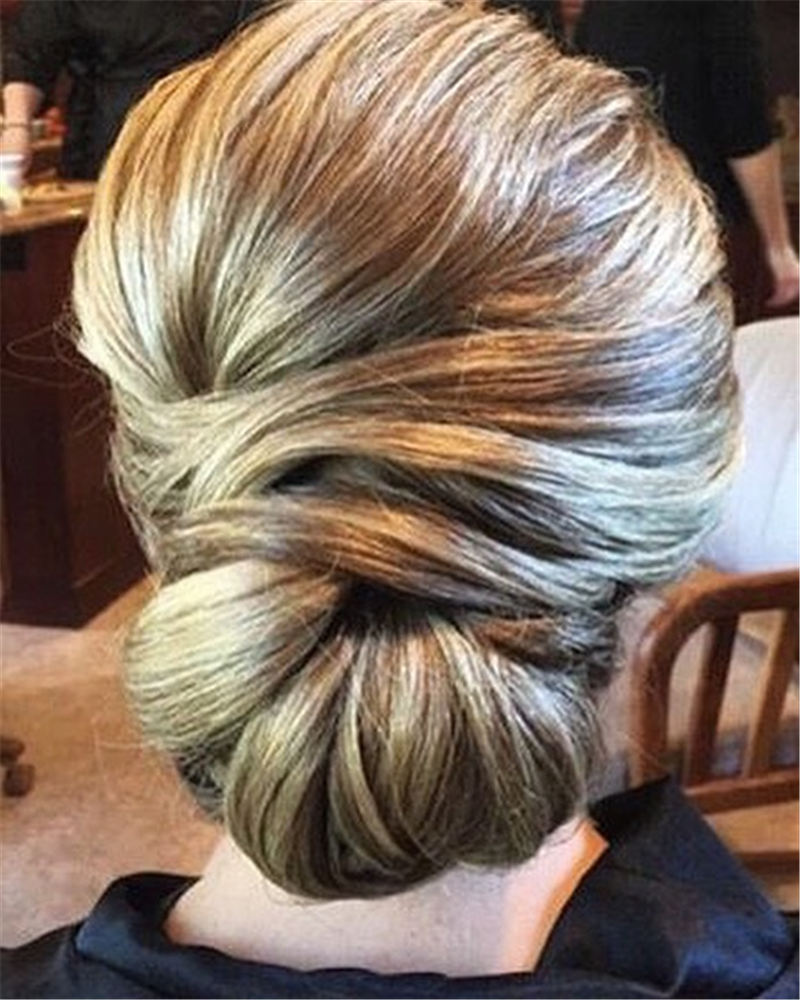 Most Adorable Wedding Hairstyles to Look Stylish for Big Day 29
