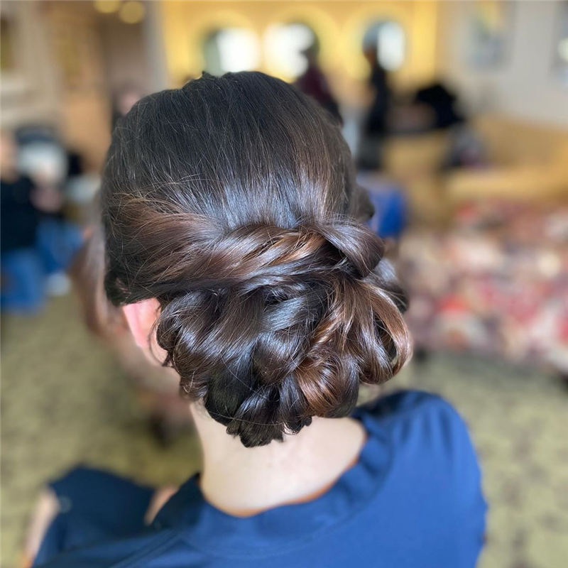Most Adorable Wedding Hairstyles to Look Stylish for Big Day 32