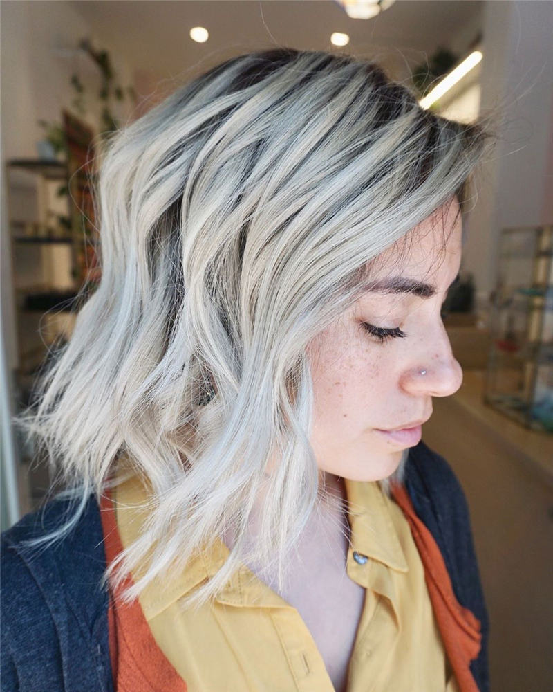 Most Popular Medium Length Hairstyles You Can Copy 35