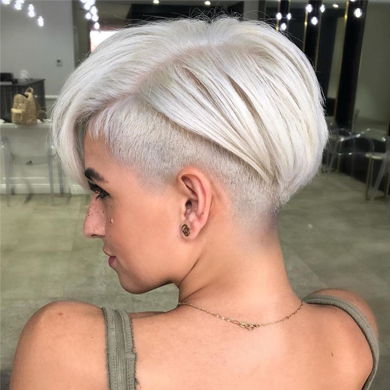 Pretty Short Grey Haircuts You Should Try Now 23