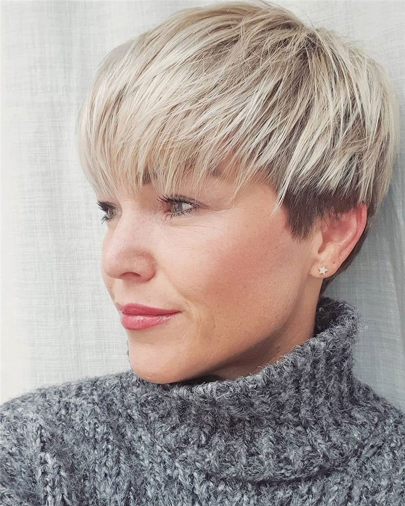 Stunning Pixie Haircuts That Make You Look Younger 06