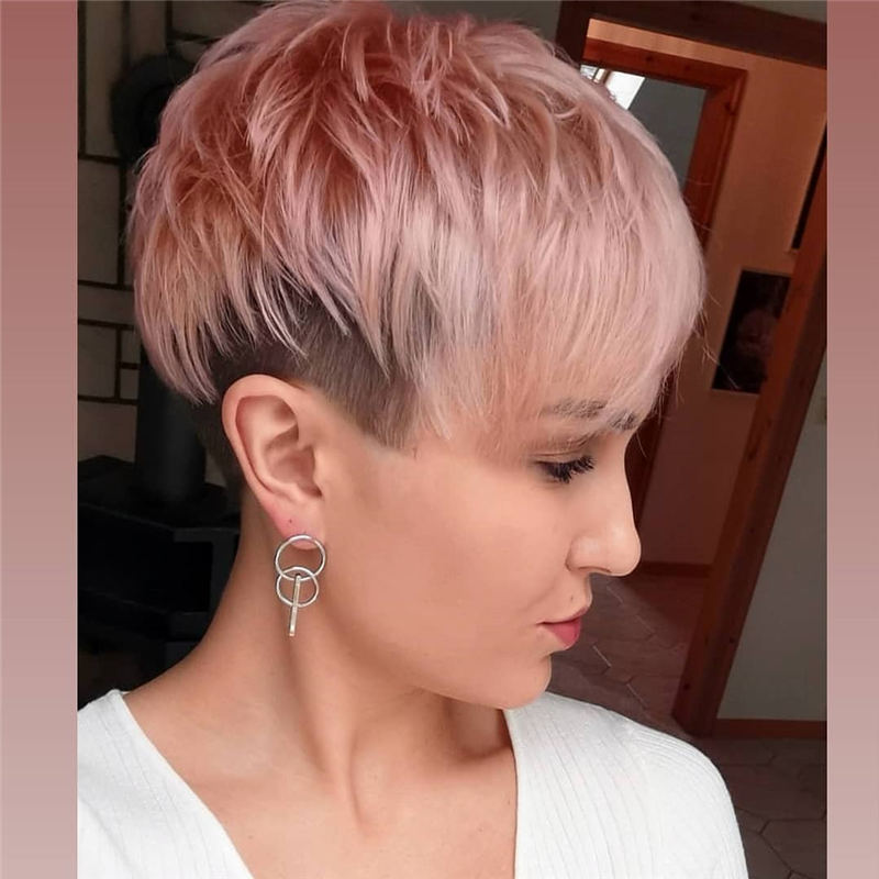 Stunning Pixie Haircuts That Make You Look Younger 07