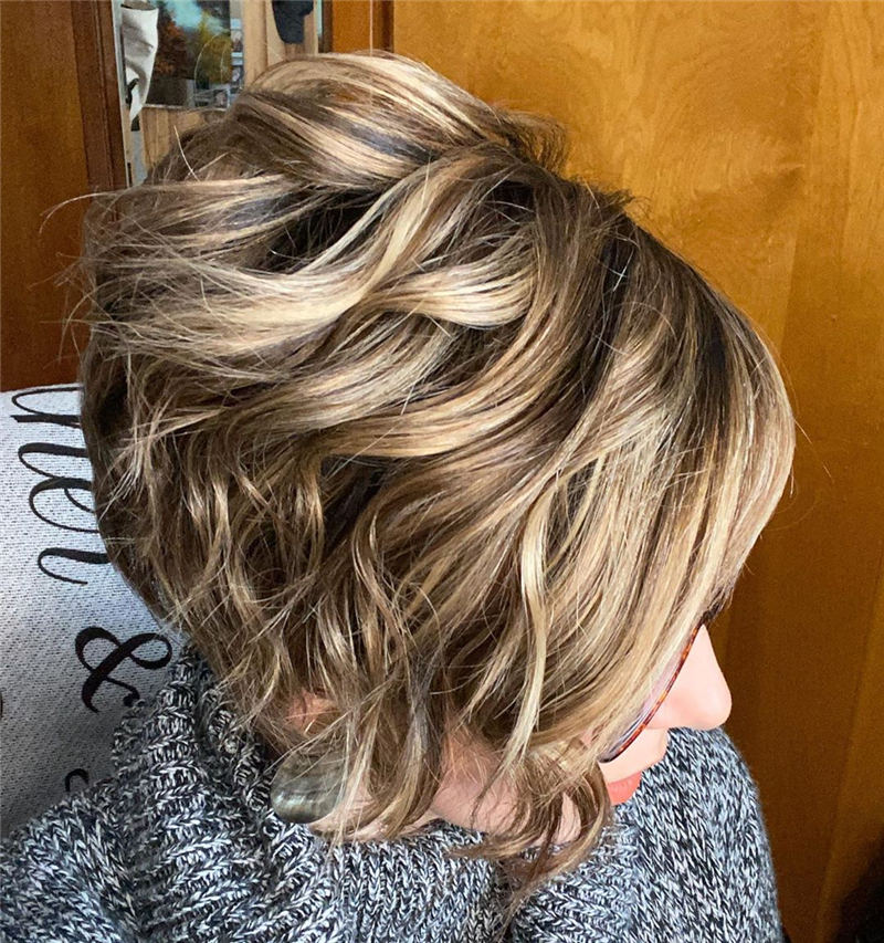 Stunning Pixie Haircuts That Make You Look Younger 21