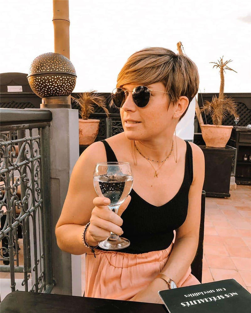 Stunning Pixie Haircuts That Make You Look Younger 37