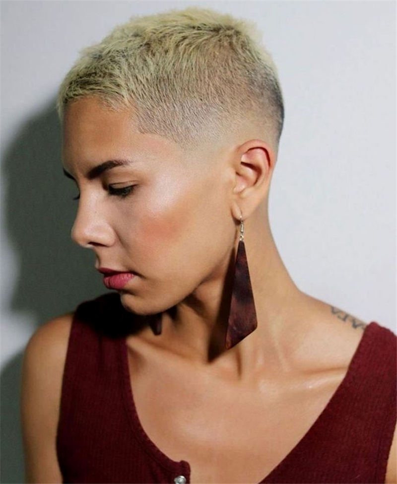 Stunning Pixie Haircuts That Make You Look Younger 39