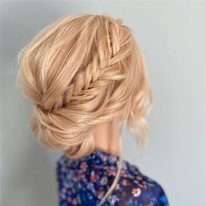 Winning Looks with These Amazing Updos 01