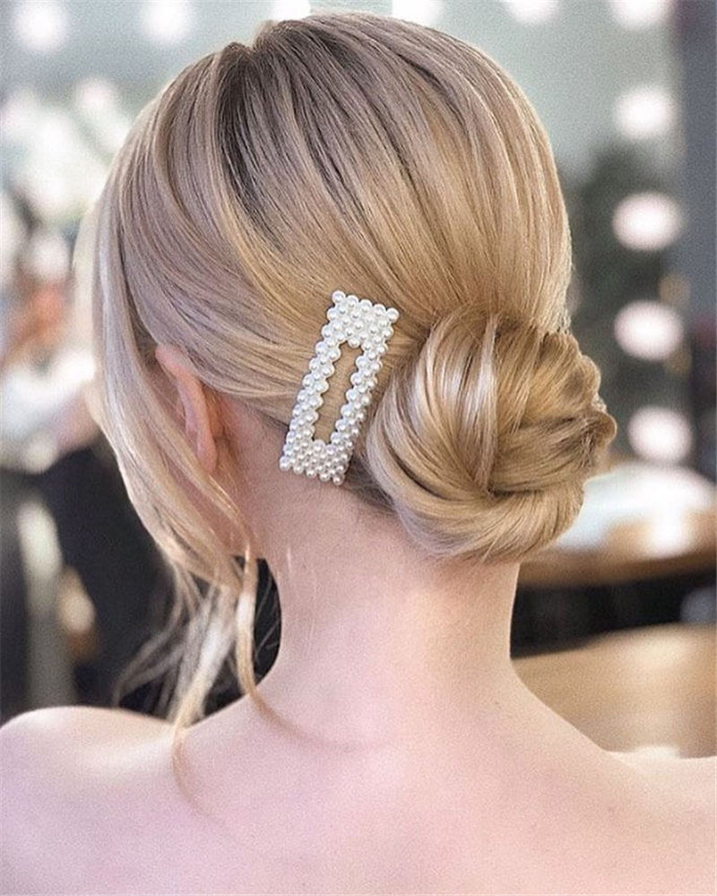 Winning Looks with These Amazing Updos 02