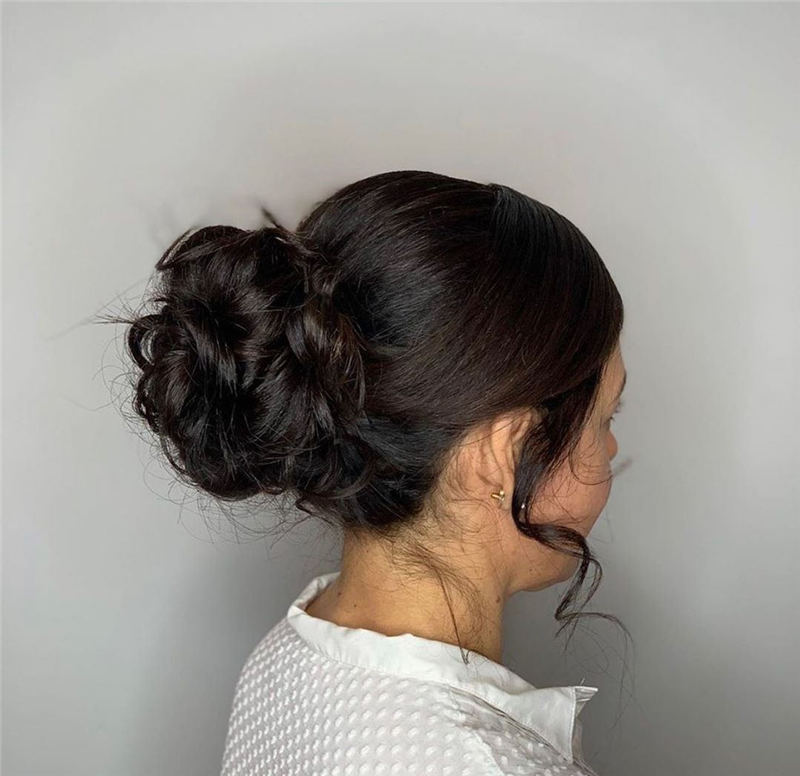 Winning Looks with These Amazing Updos 19
