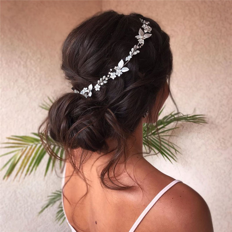 Winning Looks with These Amazing Updos 28
