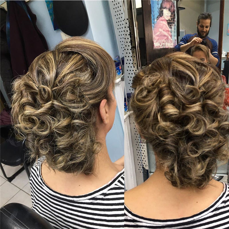 Winning Looks with These Amazing Updos 43