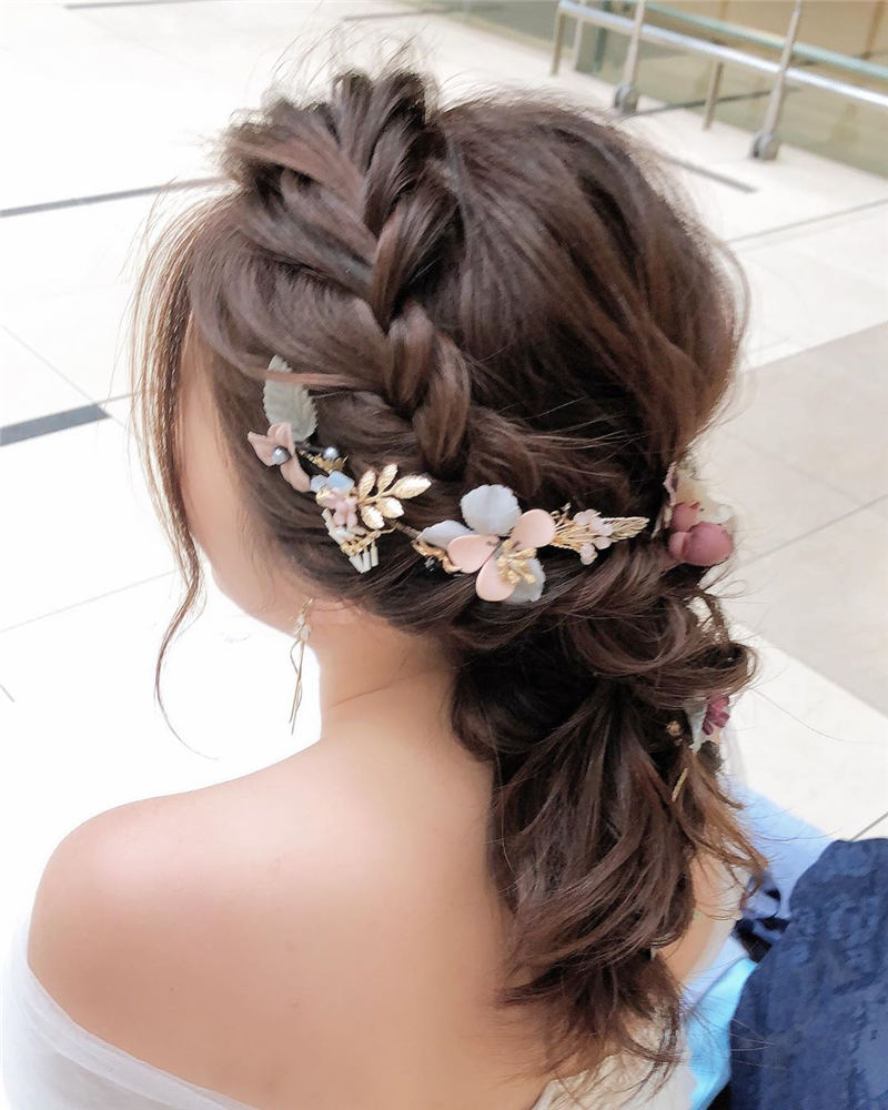 Amazing Wedding Hairstyles Ideas to Get a Beautiful Look 30