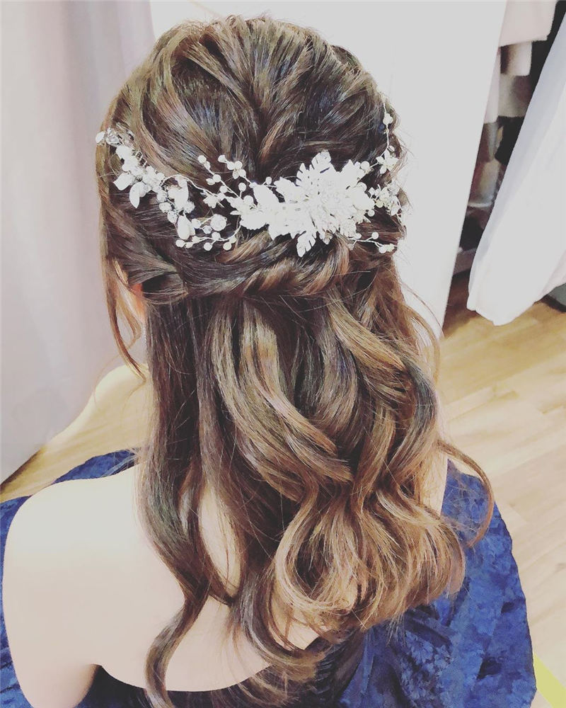 Amazing Wedding Hairstyles Ideas to Get a Beautiful Look 31