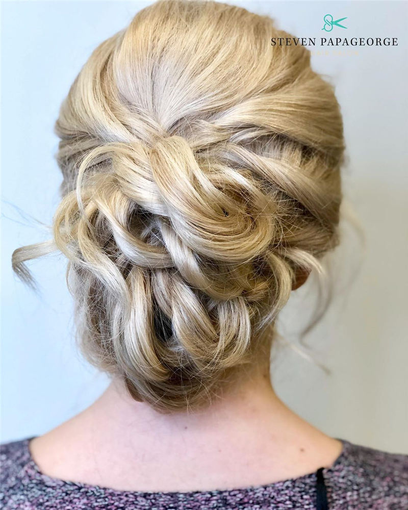 Amazing Wedding Hairstyles Ideas to Get a Beautiful Look 37