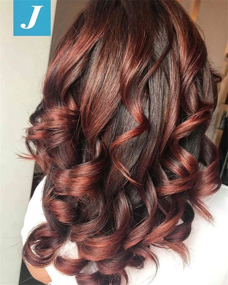 Best Medium Length Hairstyles to Refresh Your Style 22