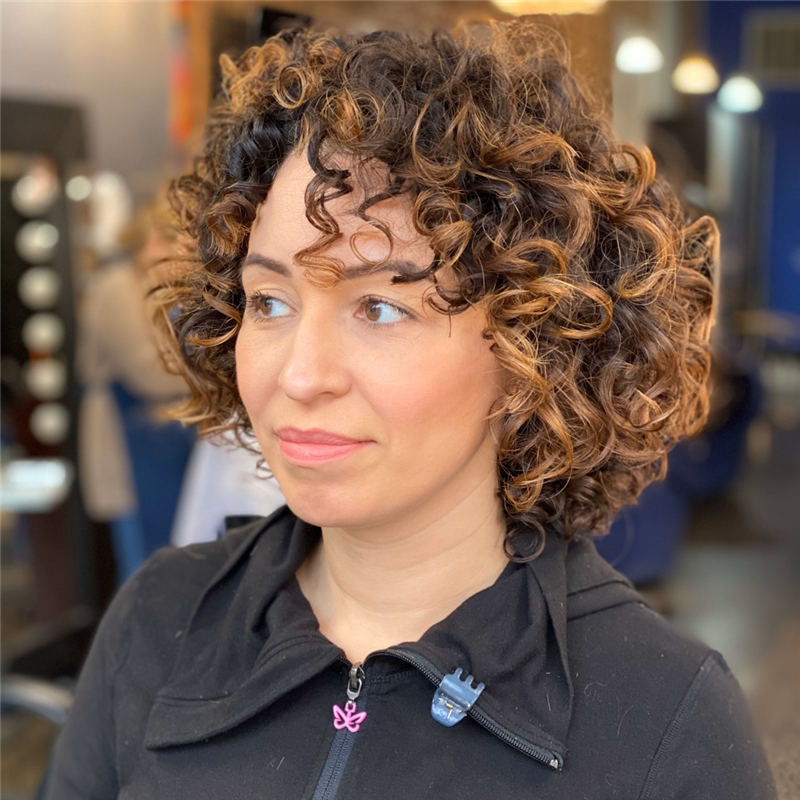 Cool Curly Hairstyles for Women That Youll Want To Get 07