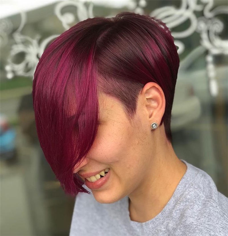 Cool Short Hairstyles For Women Who Want To Look Stylish 17