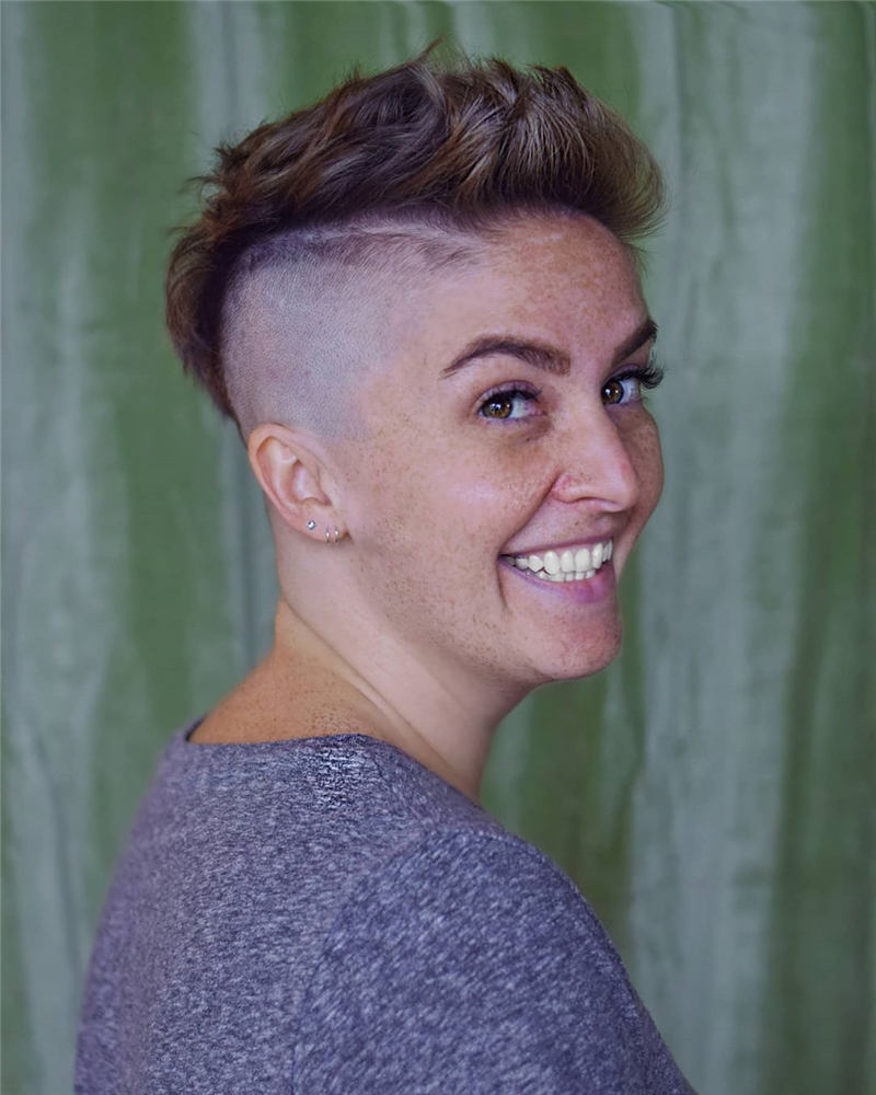 Most Eye Catching Short Haircuts to Upgrade Your Style 2020 19