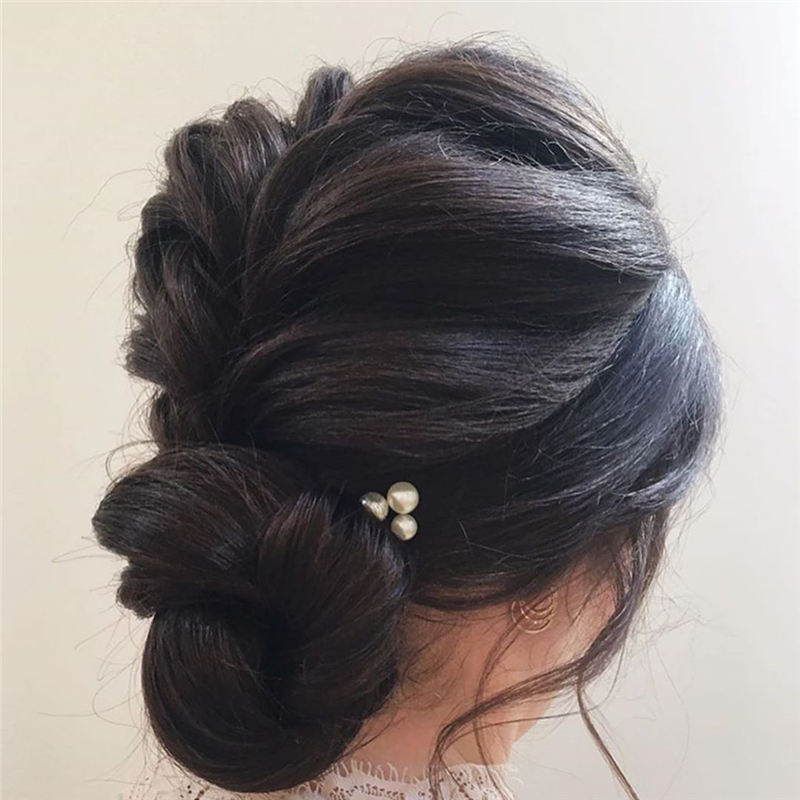New Great Wedding Hairstyles for Your Big Day 2020 06