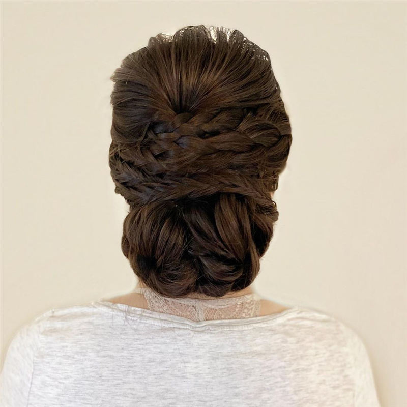 New Great Wedding Hairstyles for Your Big Day 2020 11